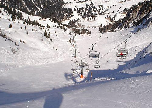 ski-center-latemar-3.jpg